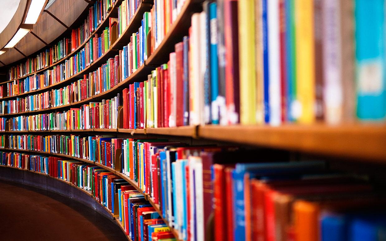 فروش كتاب ها و نرم افزار هاي آموزش و تحليل بورس با قيمت ثابت هر كتاب 450